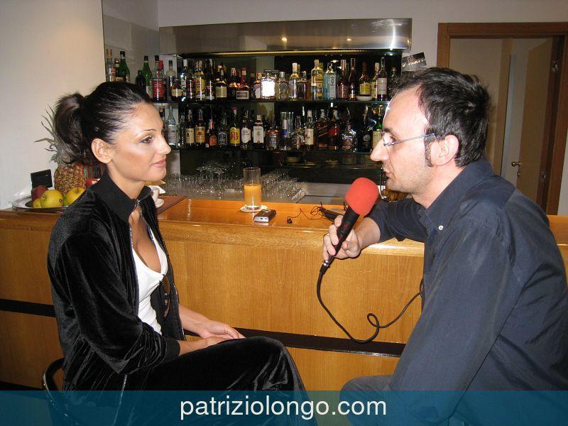 anna-tatangelo-patrizio-longo-bar-1-06-08.jpg