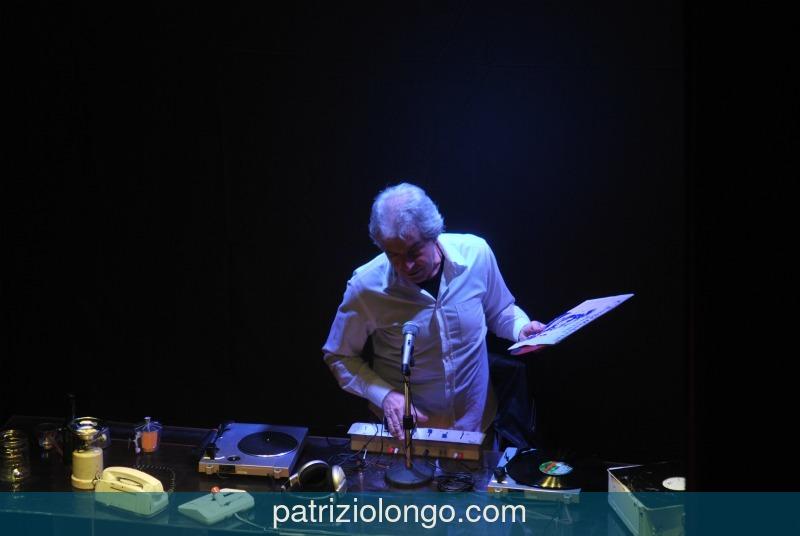 """Tullio Solenghi: """"L'ultima radio"""" live"""